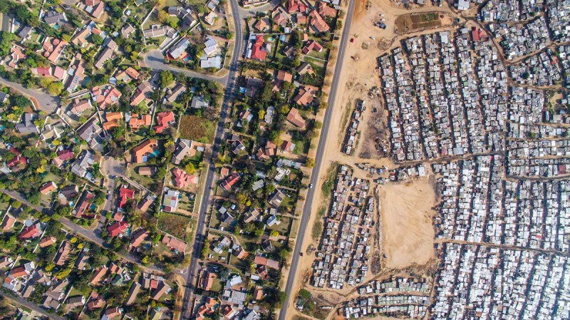 drone captures the gap between rich and poor