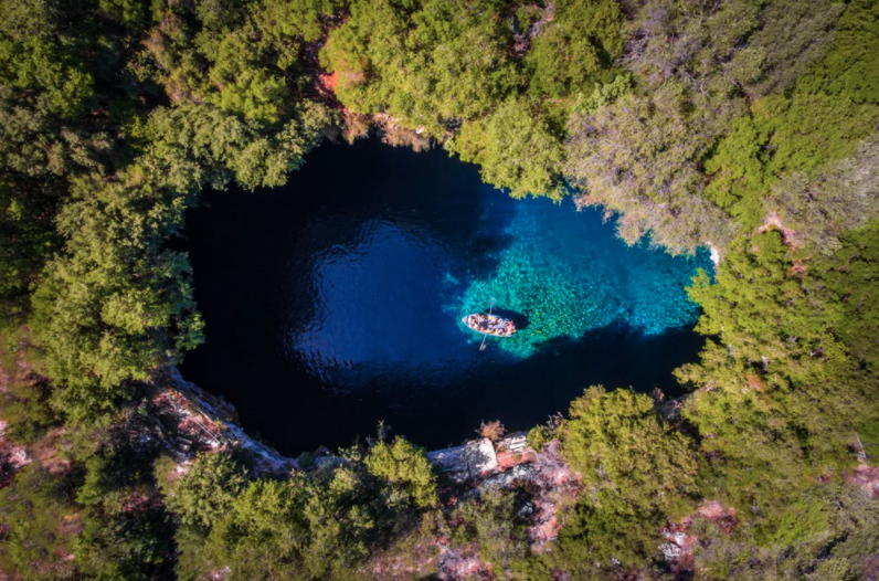 exploring the kefalonia melissani cave dronestagram