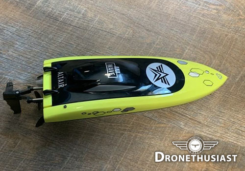 aa-wave-rc-boat